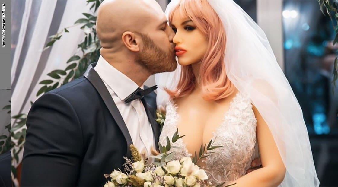 تفاعل واسع مع زواج رياضي كازخستان من دمية